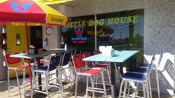 Dixie's Dog House
